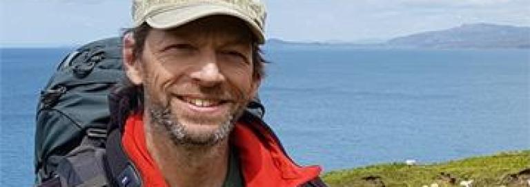 Ecoloog Jeroen Groenendijk tijdens een hike